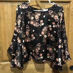 Silky blouse with bell sleeves